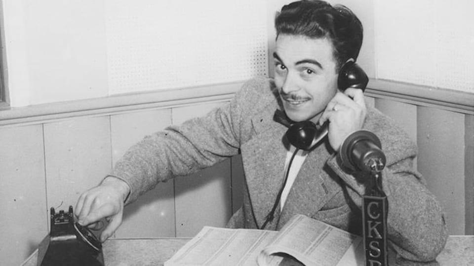 Henri Bergeron au téléphone