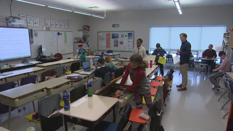 Salle de classe de l'école Taché.