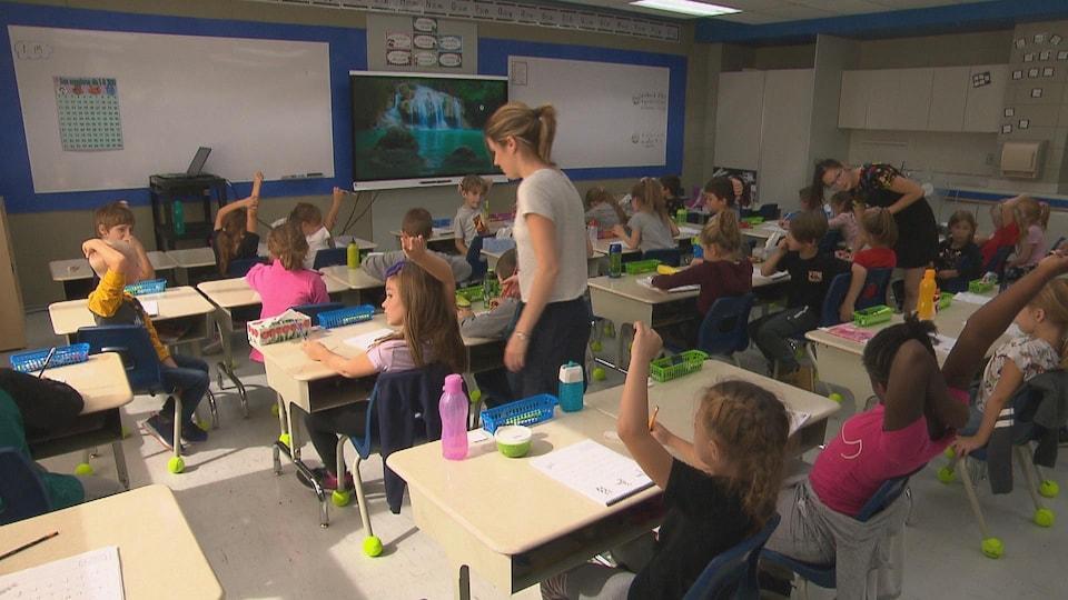 Les enseignantes dans leur classe.