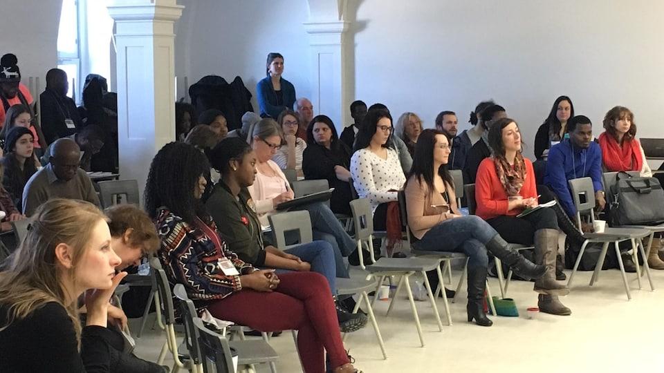 Étudiants, formateurs et enseignants participent au colloque sur la médiation culturelle