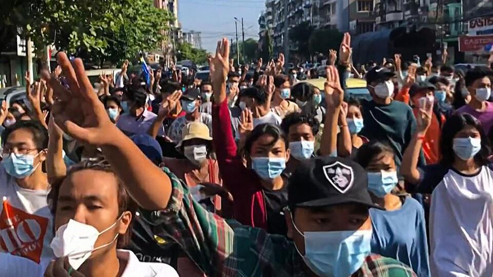 Manifestation à Rangoon.