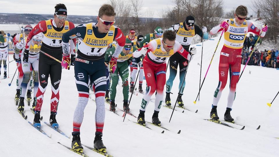 Alex Harvey, Didrik Toenseth et Johannes Hoesflot Klaebo lors de l'épreuve du 15km classique le 23 mars 2019, à la coupe du monde de ski de fond de Québec.