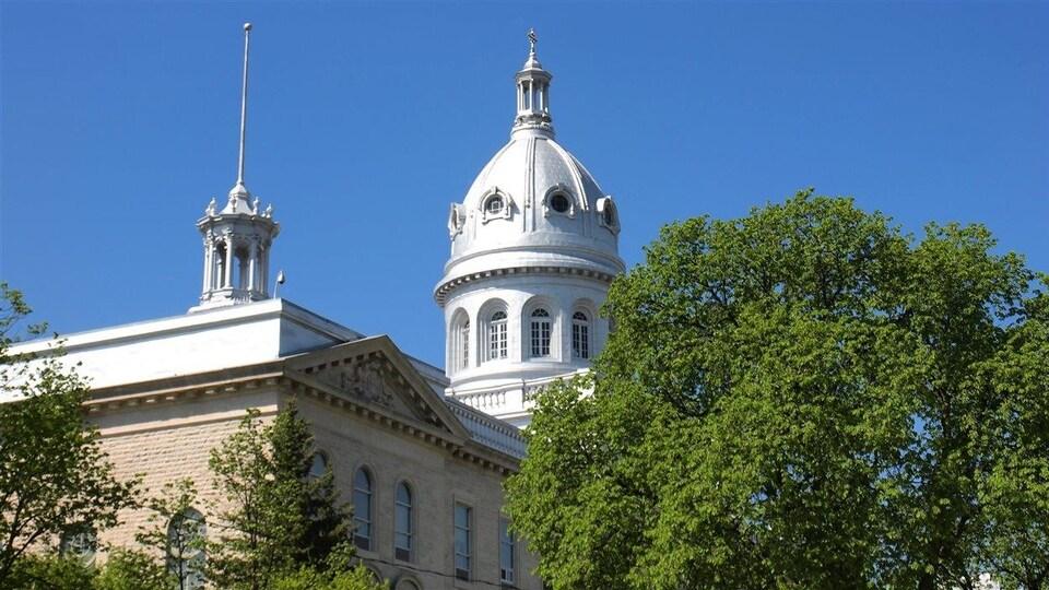 La coupole de l'Université de Saint-Boniface, à Winnipeg.
