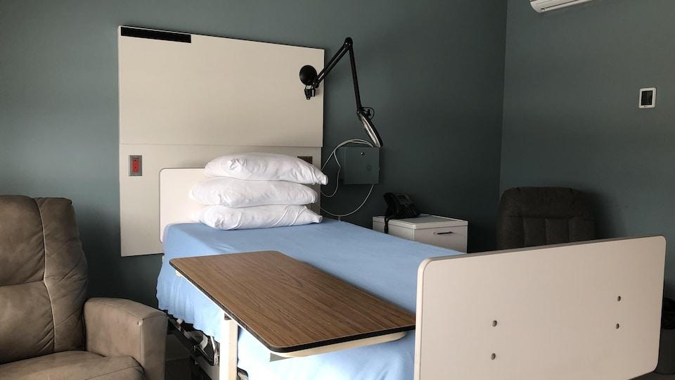 Une chambre de la Maison des soins palliatifs du Saguenay.