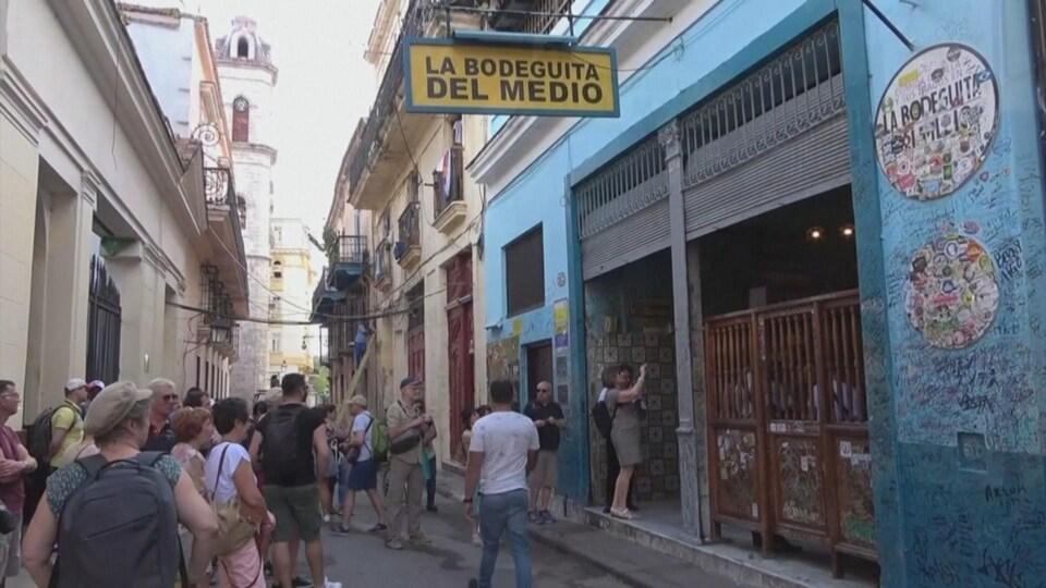 Commerces à Cuba.