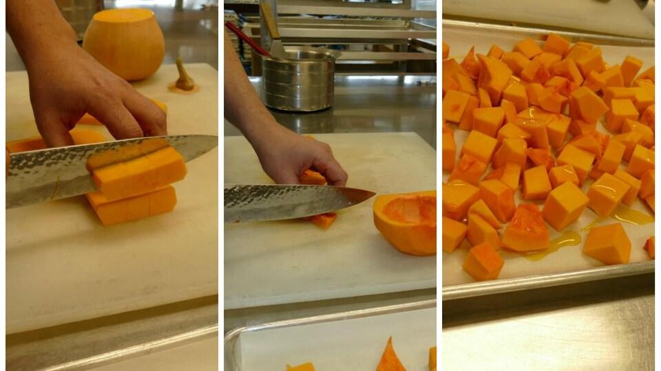 Avec un couteau, on découpe des cubes de courges.
