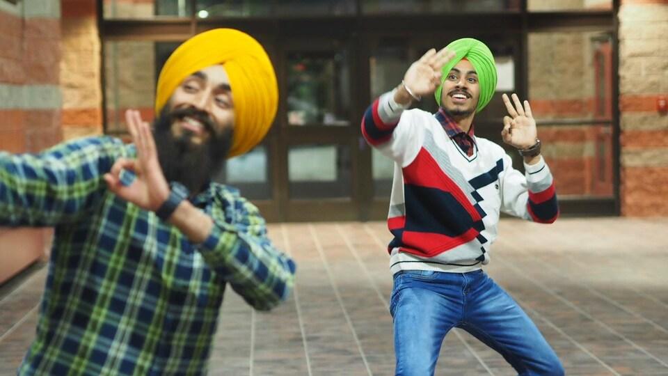 Des danseurs indiens.