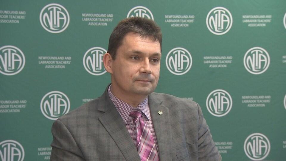 Dean Ingram, président de l'Association des enseignants de Terre-Neuve-et-Labrador, en entrevue.