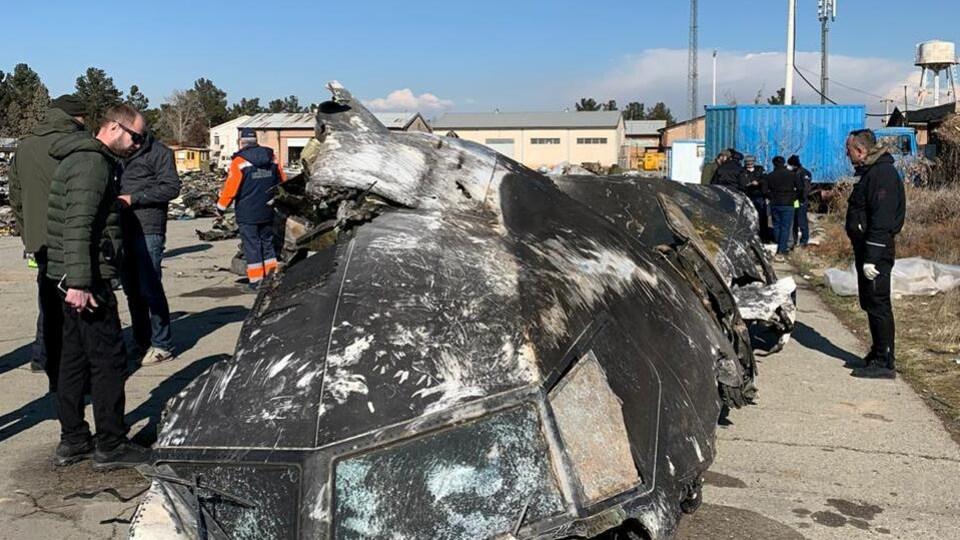 Une partie du cockpit du Boeing 737-800 d'Ukraine International Airlines abattu par l'armée iranienne.