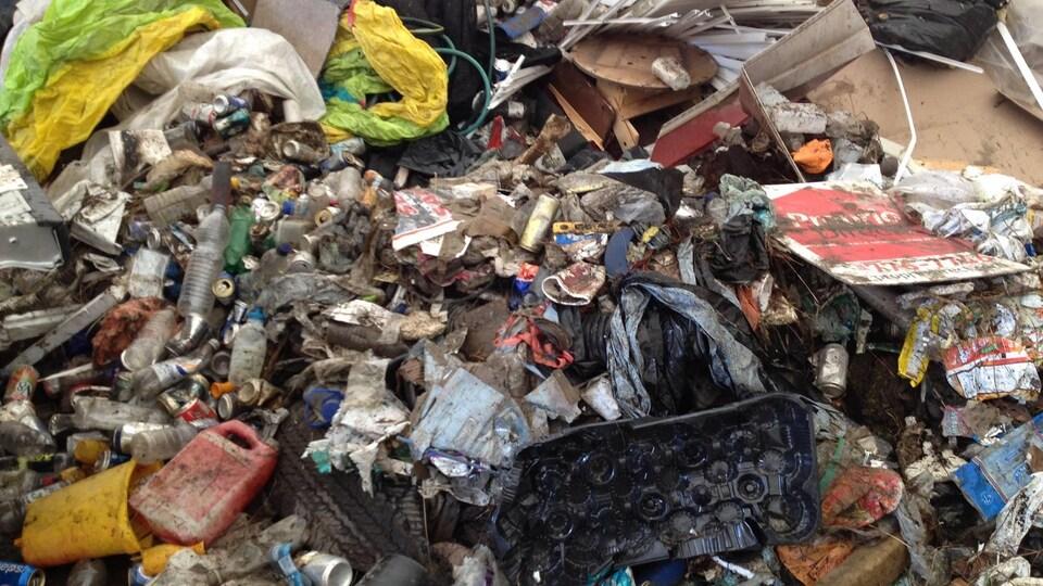 Une partie des déchets ramassés par les EnVERTdeurs.
