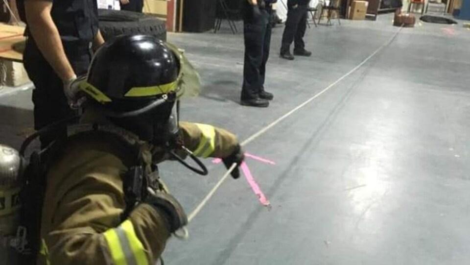 Le maire de Tracadie, Denis Losier, a passé un test physique de pompiers