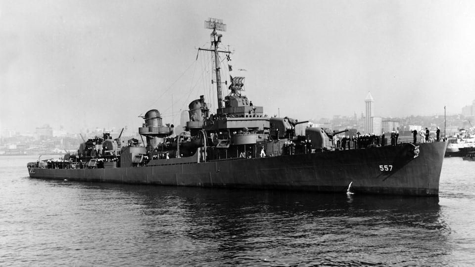 Photographie d'archives du destroyer.