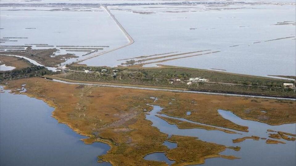Vue à vol d'oiseau de l'Isle de Jean Charles en novembre 2017.