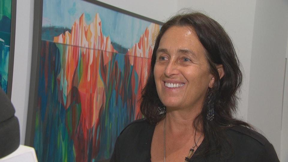 L'artiste métisse Dominique Normand en entrevue.