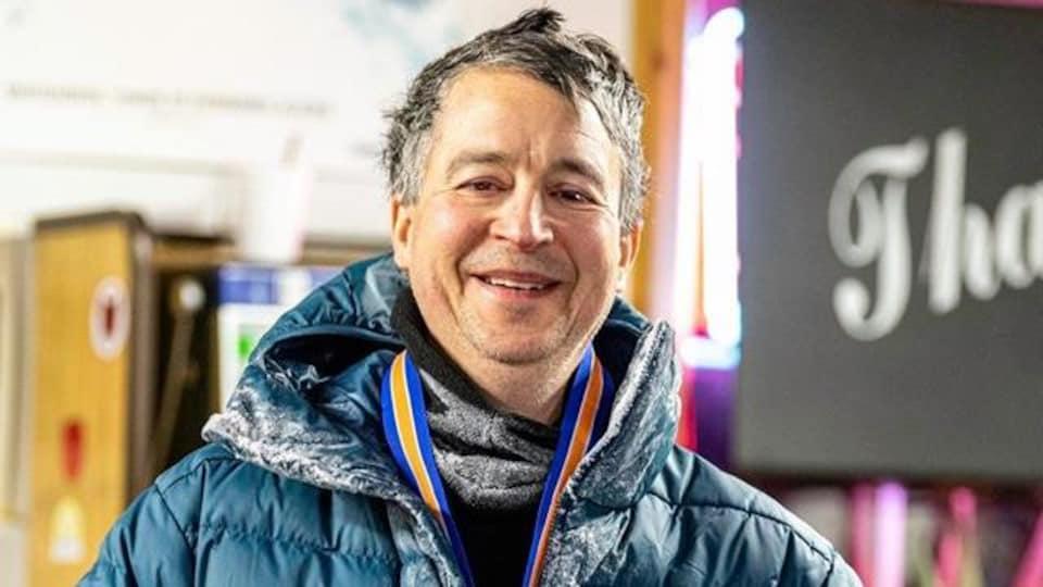 Donald Smith  et son manteau d'hiver