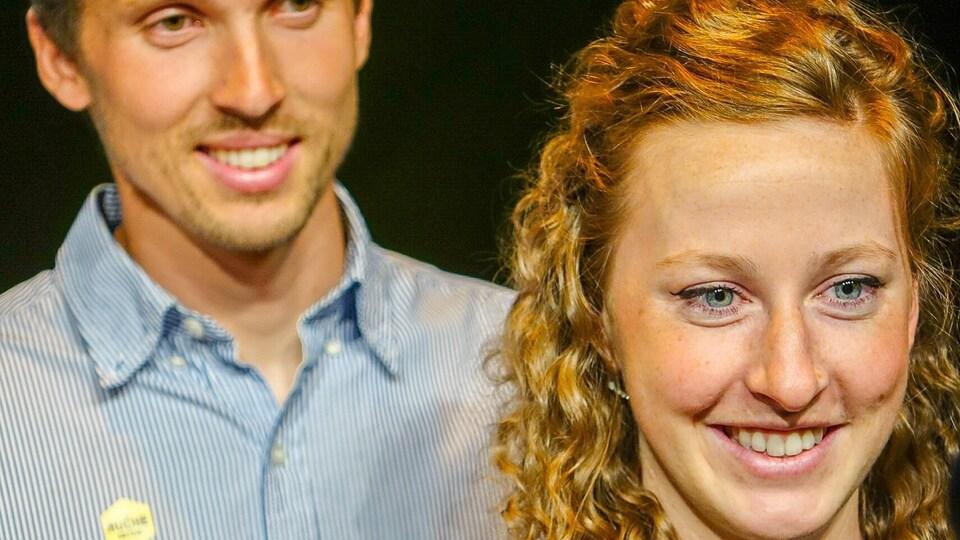 Antoine Doyon et Geneviève Blanchard, copropriétaires de la ferme Ölistik de Sherbrooke lors d'une conférence de presse