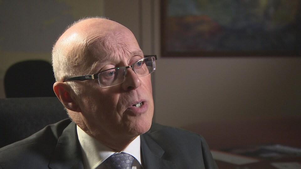 Le Dr John Haggie, ministre de la Santé et des Services sociaux