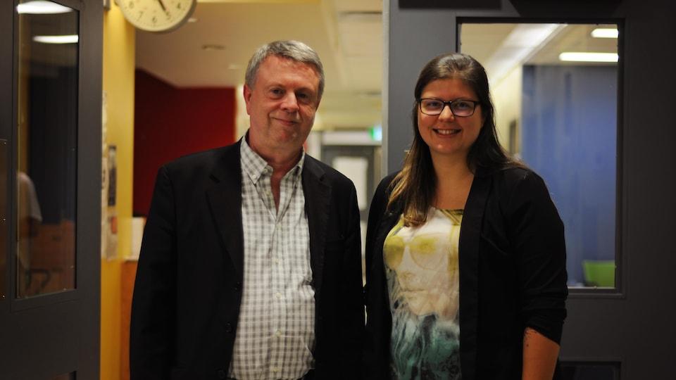 Dr. Yves Lajoie et Kim Rouillard, infirmière assistante au supérieur immédiat à l'hôpital de jour.