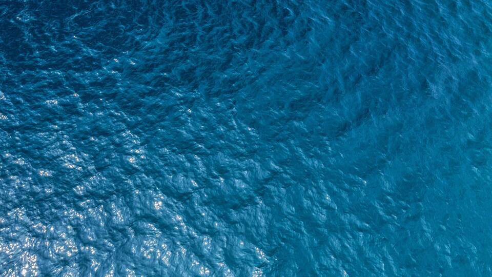 Un océan vu du ciel