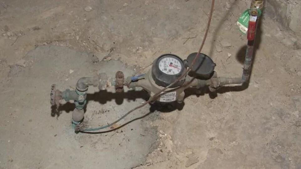 Un compteur d'eau.