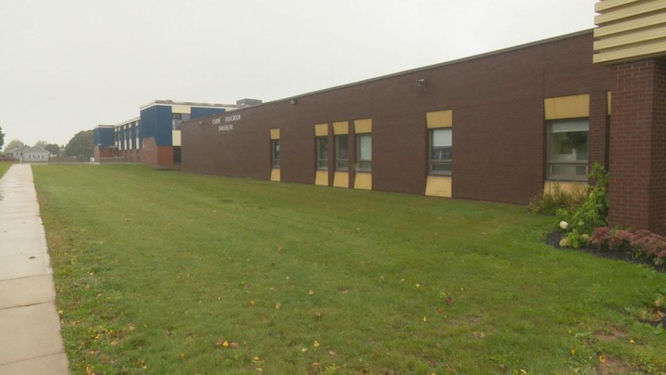 Le projet de construction d'une nouvelle école Évangéline est estimé à plus de 20 millions de dollars par la Commission scolaire de langue française.
