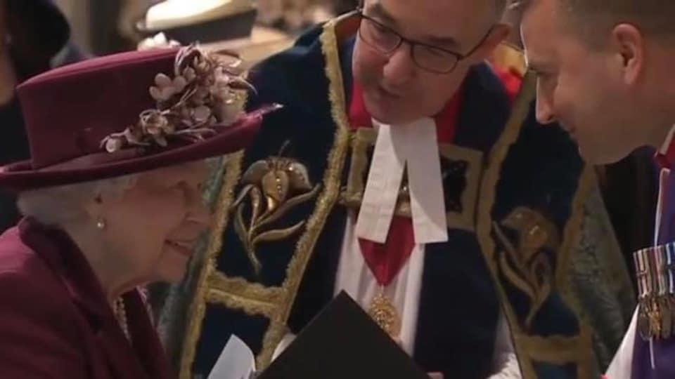 L'aumônier Guy Chapdelaine a pu échanger quelques mots avec la reine.