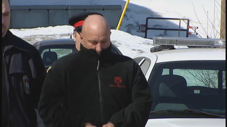 Emery «Pit» Martin lors d'une arrestation précédente