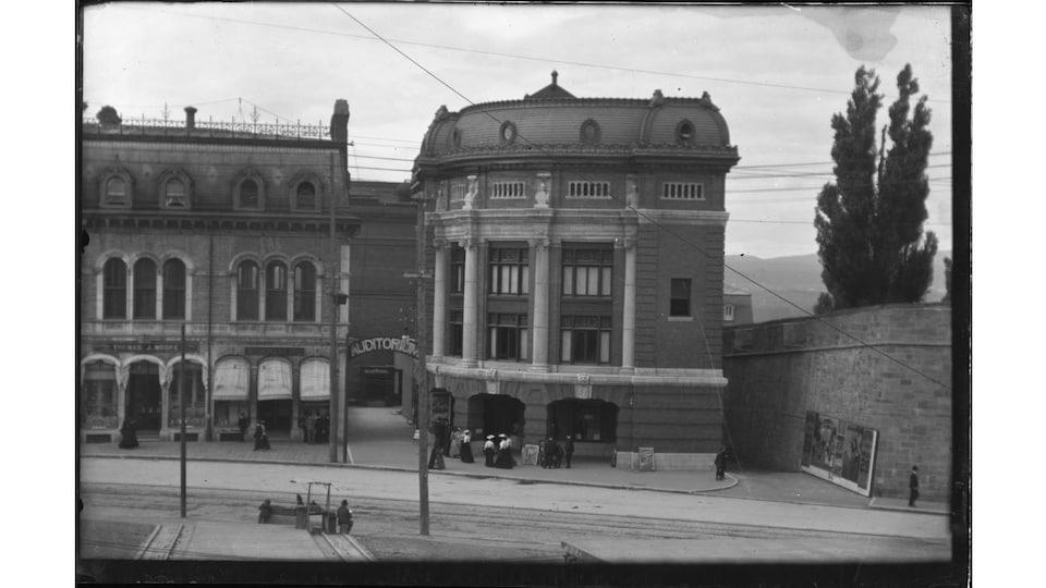 L'Auditorium au début du 20e siècle. Il deviendra plus tard le Capitole.