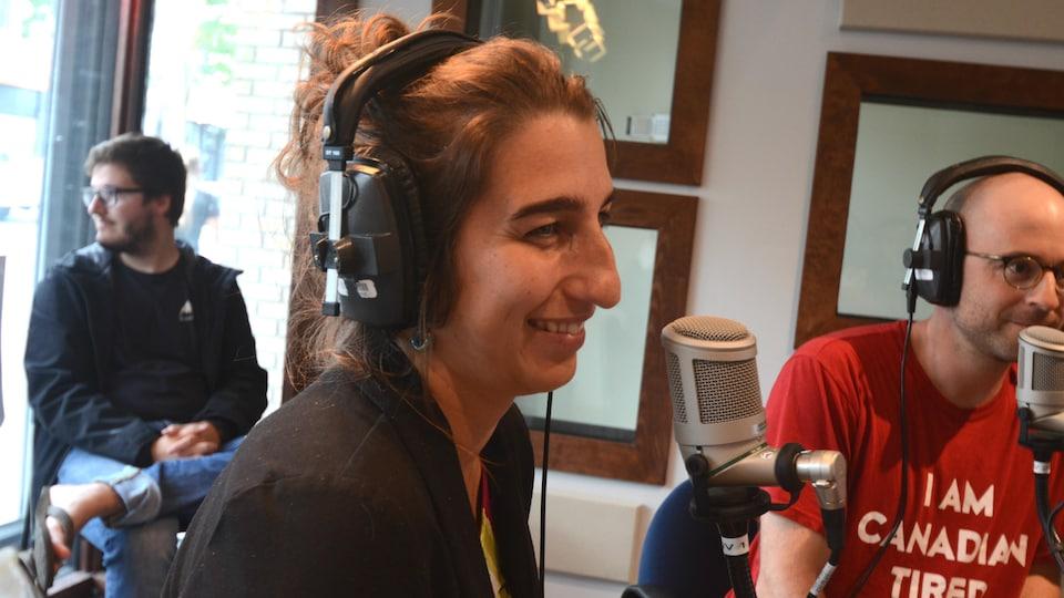 Émilise Lessard-Therrien en entrevue dans nos studios de Rouyn-Noranda.