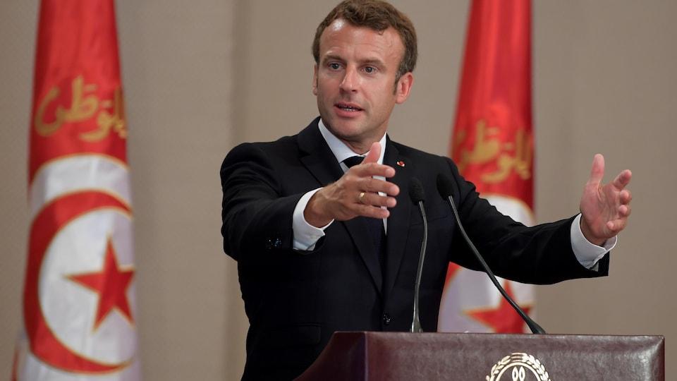 Emmanuel Macron lors de son discours aux funérailles de Beji Caïd Essebsi.