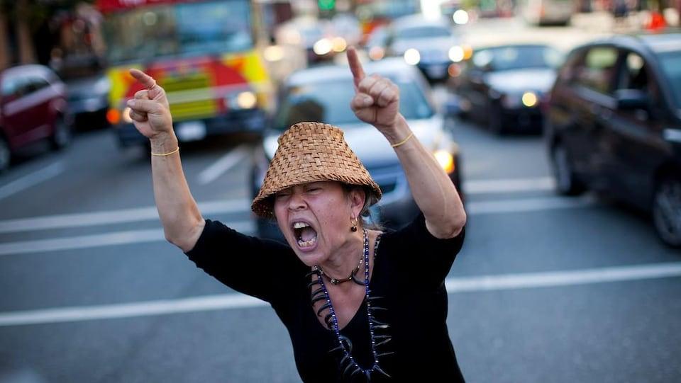 Une manifestante.