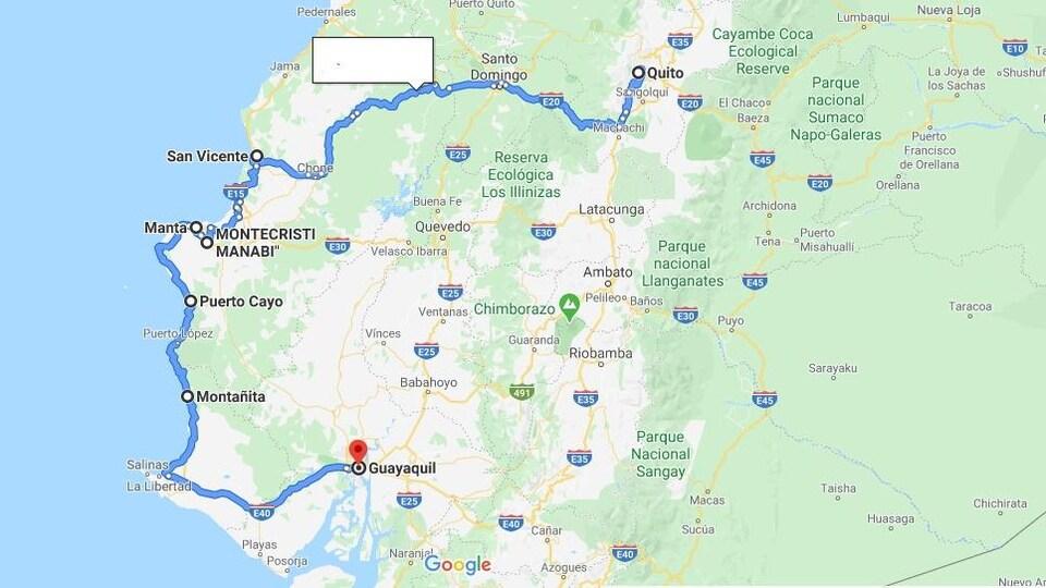 Une carte qui présente une partie de l'Équateur avec une ligne bleue qui trace une route de la ville de Guayaquil à la capitale Quito.