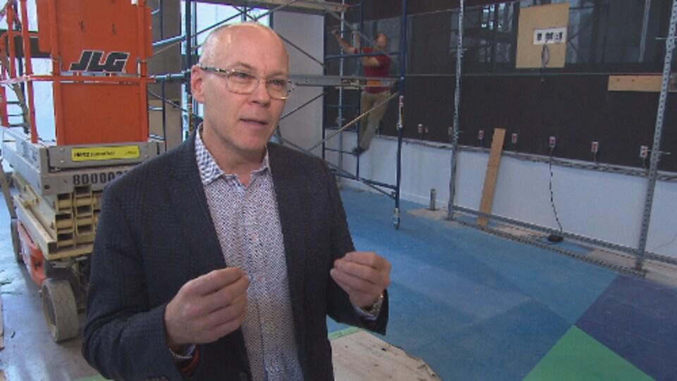 Eric Myles, directeur aux sports et responsable du bureau de Montréal au Comité olympique canadien (COC)