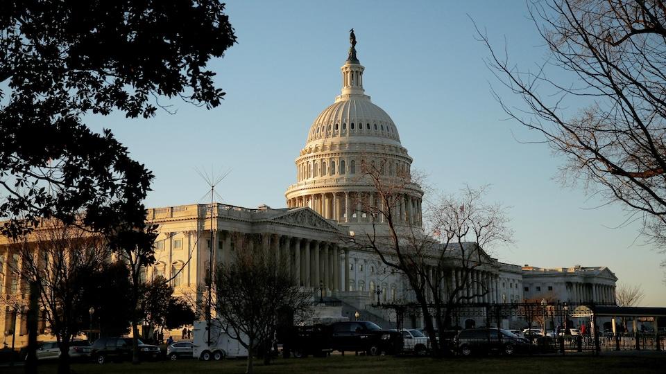 Plan large du Capitole.