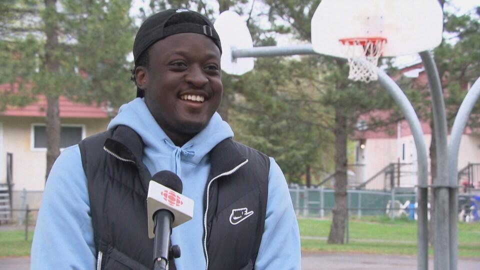 Ezechiel Nana en entrevue à Radio-Canada.