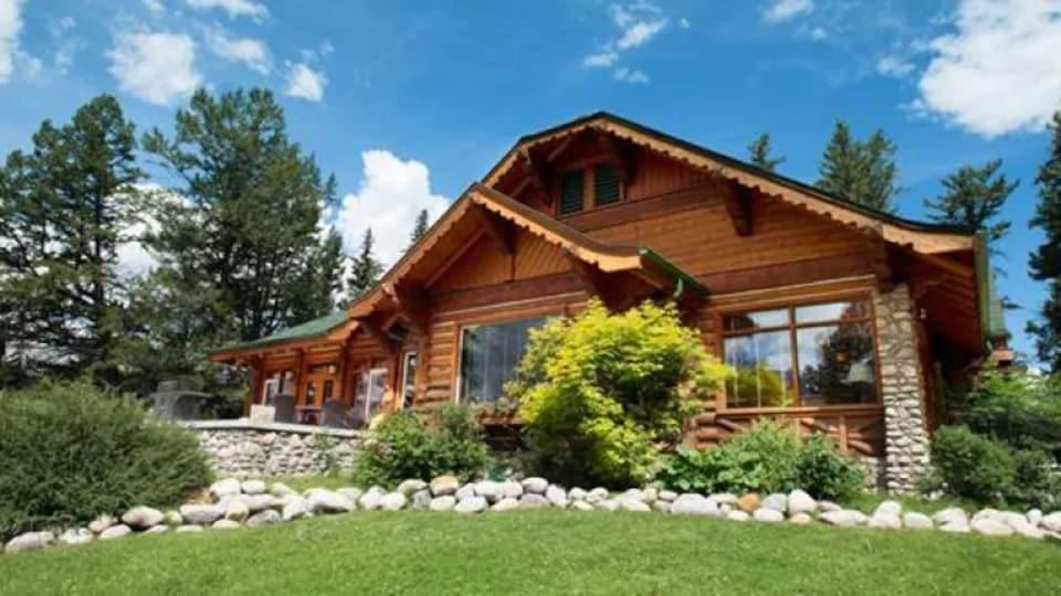Le Fairmont Jasper Park Lodge.