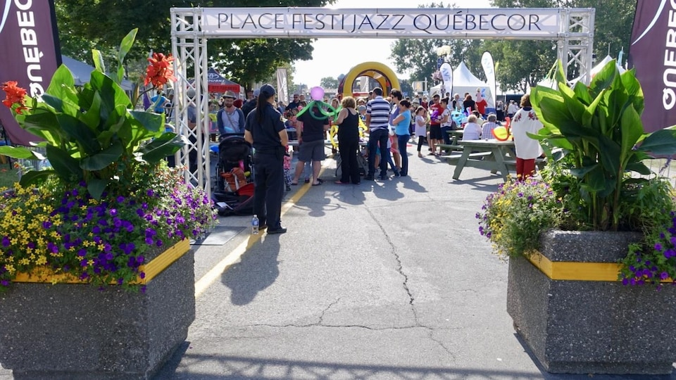 Après-midi familial sur le site du Festi Jazz de Rimouski.