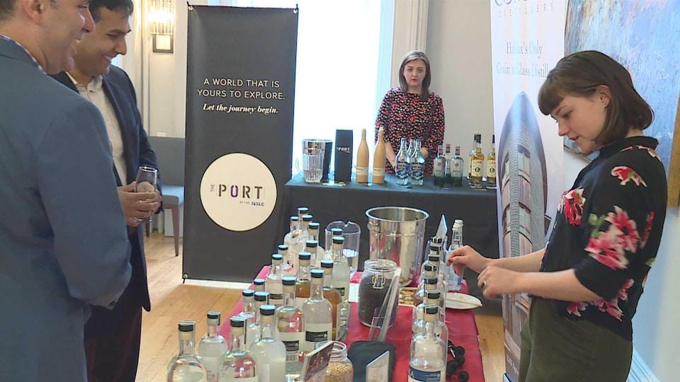Kiosque d'une distillerie au festival Drink Atlantic.