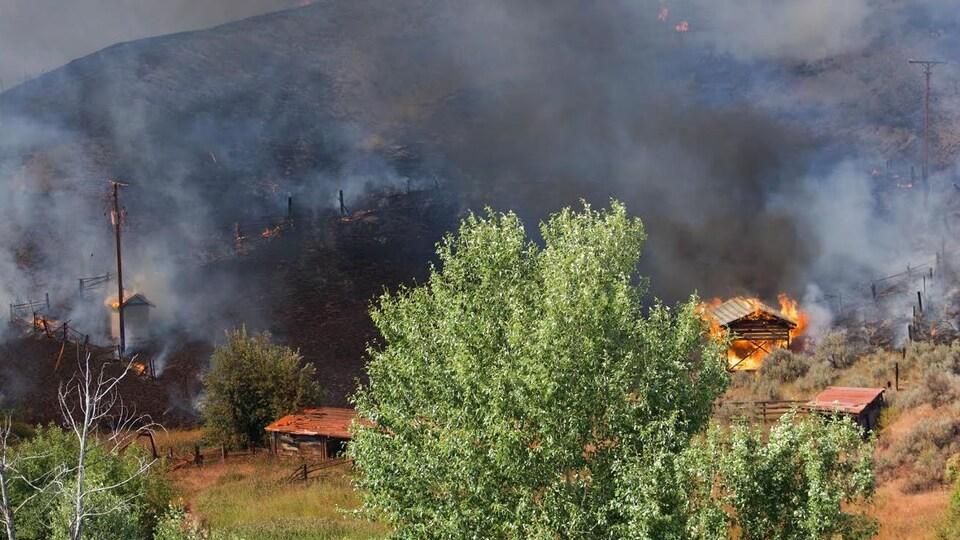 Le feu de forêt de Cherry Creek, qui a endommagé une propriété le 5 juillet 2017