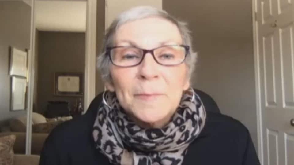 Fleurette Landry lors d'une entrevue par vidéoconférence