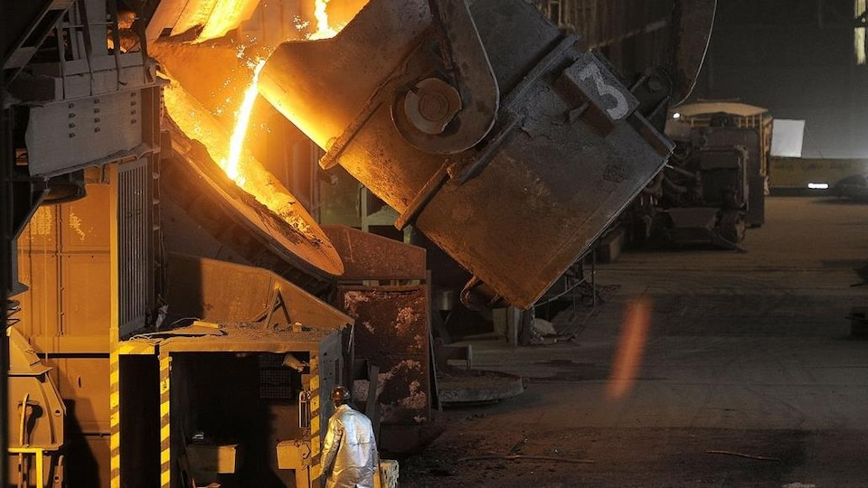 Une fonderie d'acier.