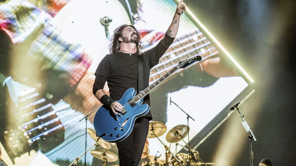 Dave Grohl des Foo Fighters en spectacle.