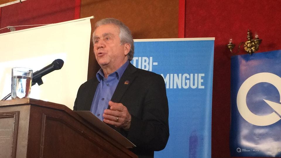 Le doyen de l'Assemblée nationale François Gendron