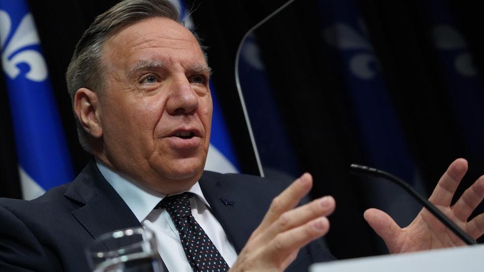 François Legault en conférence de presse.