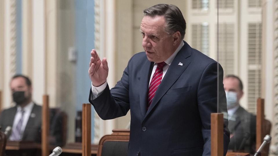 François Legault prend la parole à l'Assemblée nationale du Québec.