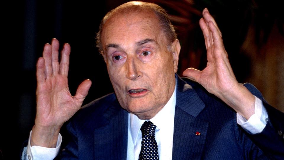François Mitterrand en gros plan.
