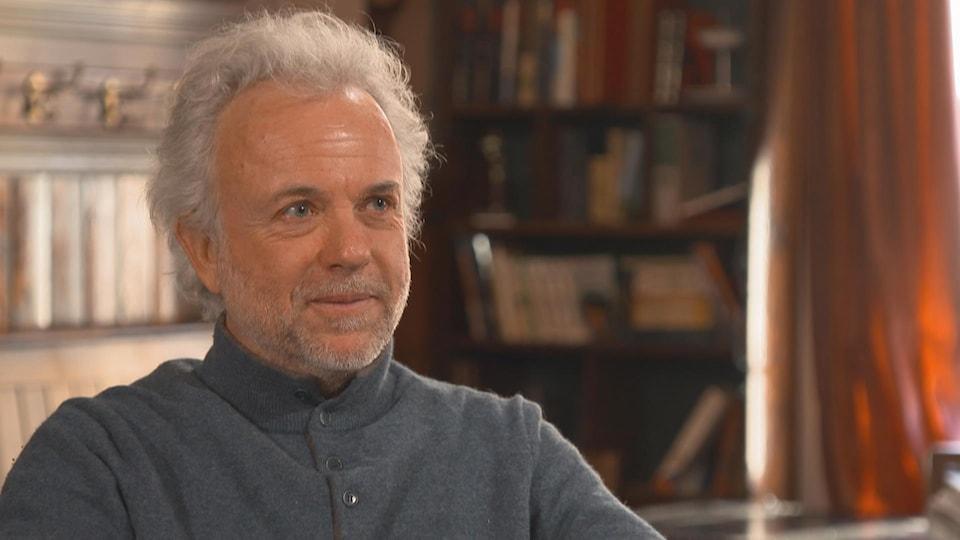 De profil, Frédéric Lenoir