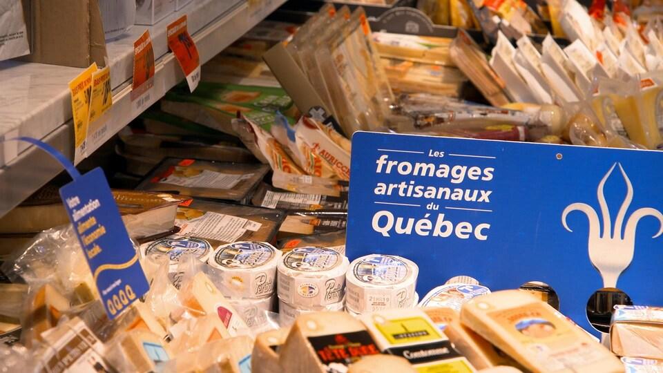 Divers fromages du Québec sont ici proposés.