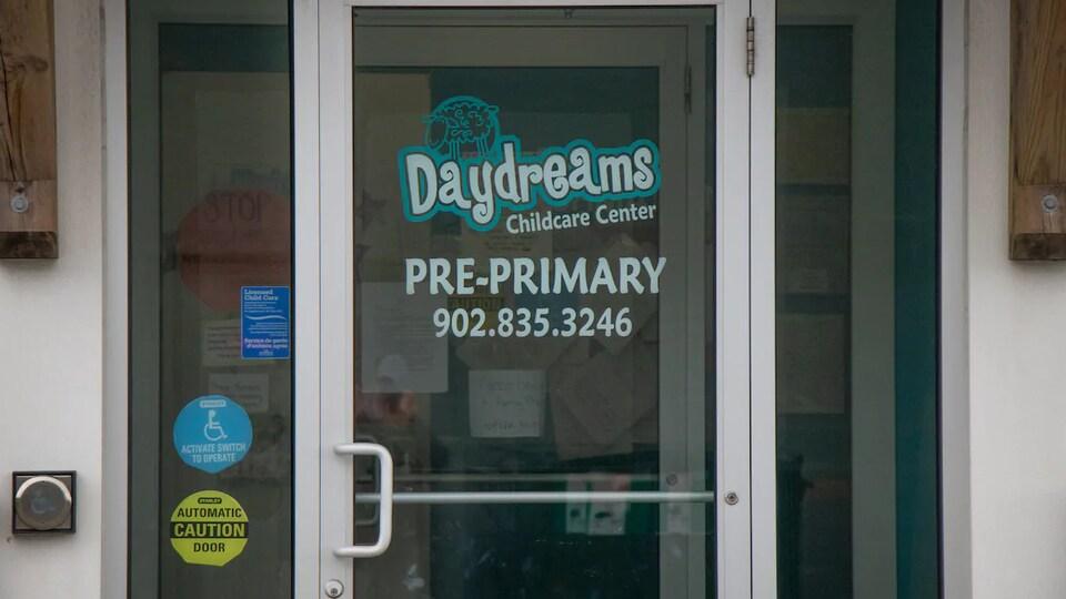 L'extérieur de la garderie Daydreams de Bedford, en Nouvelle-Écosse.