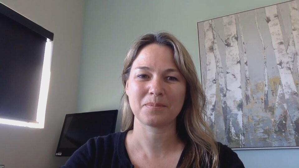 Geneviève Nolet dans son bureau.